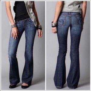 CITIZENS OF HUMANITY Low Waist Flare Leg Jeans
